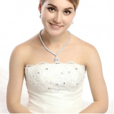 Classic Teardrop Wedding Necklace