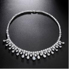 Stunning Teardrop Wedding Necklace